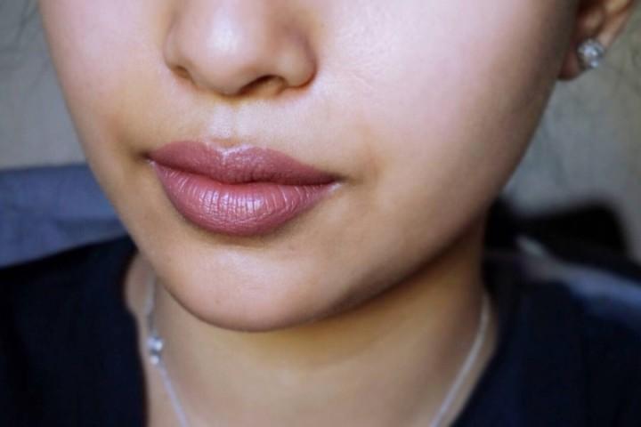 Kat Von D Everlasting Liquid Lipstick Lolita NC40