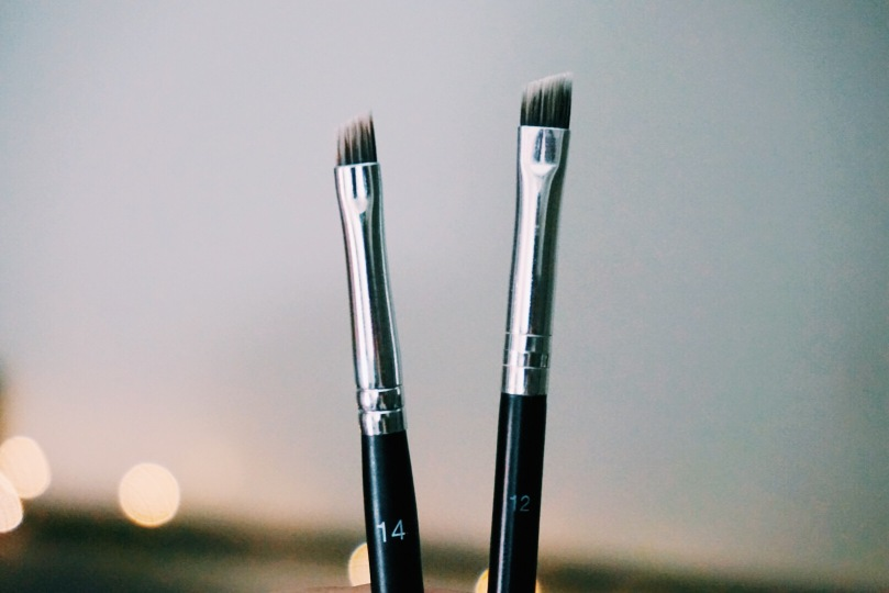 Anastasia Beverly Hills #12 #14 brush comparison differences ABH brush