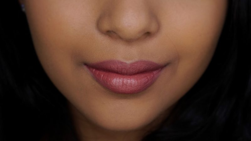 nyx lip lingerie ruffle trim nc40 nyx lip lingerie ruffle trim tan skin